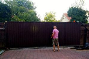 Монтаж раздвижных ворот